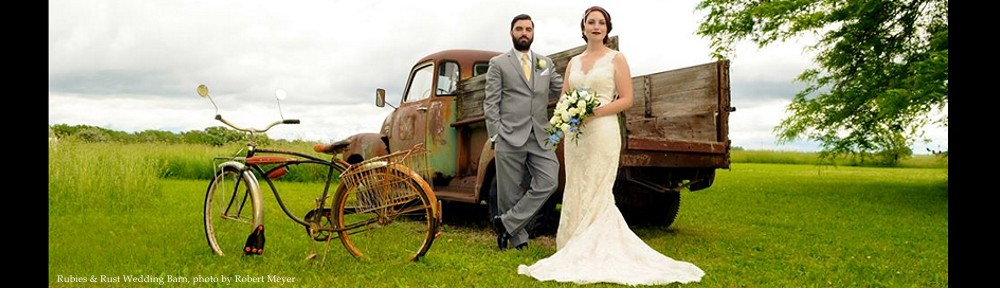 rubies-rust-wedding-barn-photo-by-robert-meyer